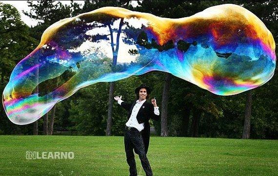 Талант надувати мильні бульбашки