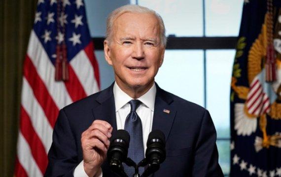 Joe Biden: «Минцифры, ау!»