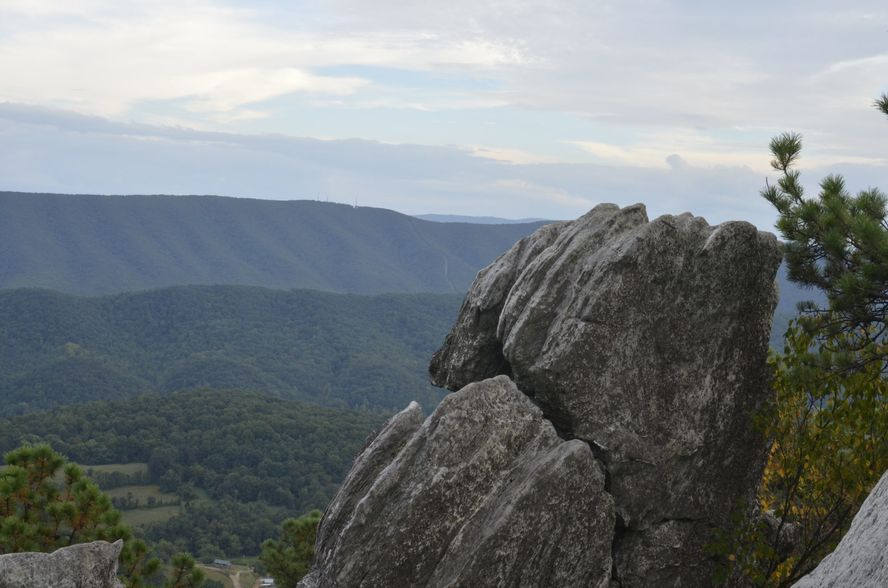 Dragon's Tooth, Virginia