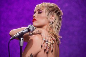 Miley Cyrus celebra il Pride con un evento speciale