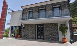 Ponta Delgada - Studio - Enxurros House