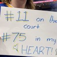 Last night I made Steph Curry (and the whole team) laugh at my sign. Such memorable night!