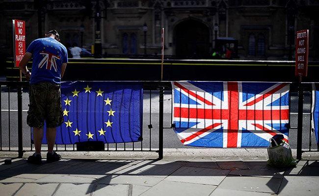 EU Leaders Sign Brexit Deal As British MPs Debate