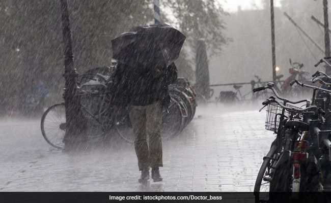 14 Killed, 26 Injured As Monsoon Rain Batters Pakistan