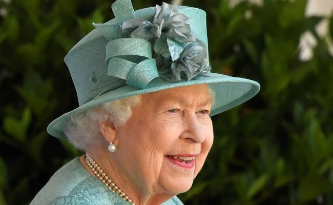 Britons To Plant Trees To Mark Queen Elizabeth's 70 Years On Throne
