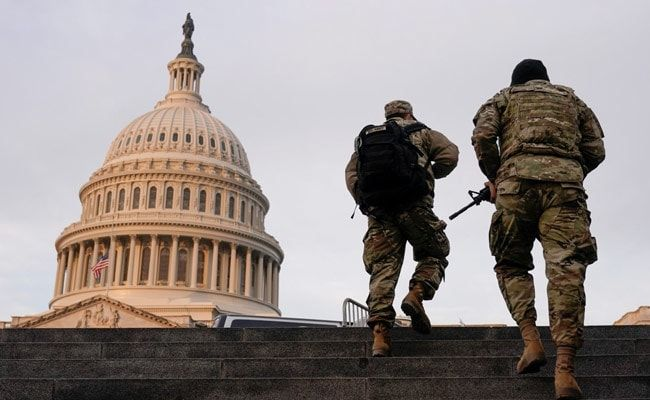 US Capitol Lockdown Over 'External Security Threat' Before Biden Takeover