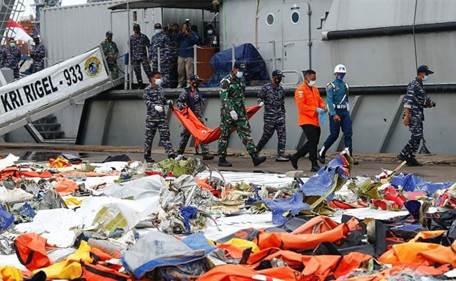 Crashed Indonesian Jet's Throttles Showed 'Anomaly': Investigators