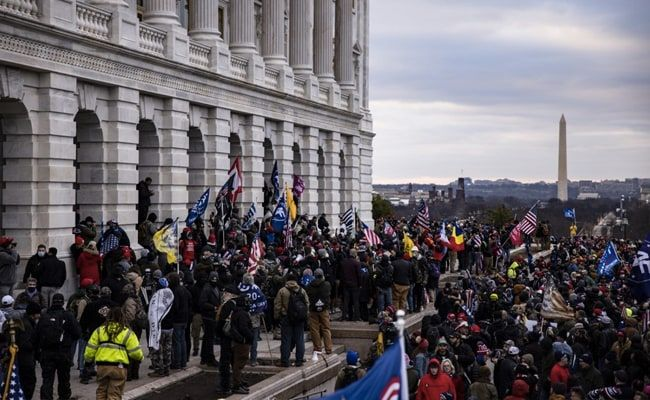 Trump Supporters Want To 'Blow Up' Capitol, Police Chief Warns