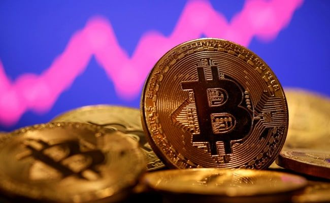 Bitcoin Sinks And Approaches $30,000