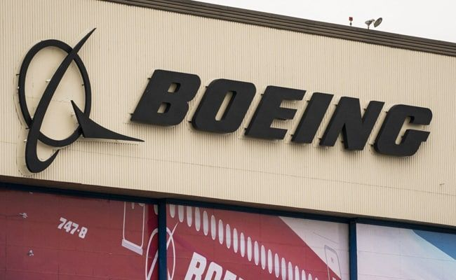 Boeing 777 Makes Emergency Landing In Moscow After Engine Trouble