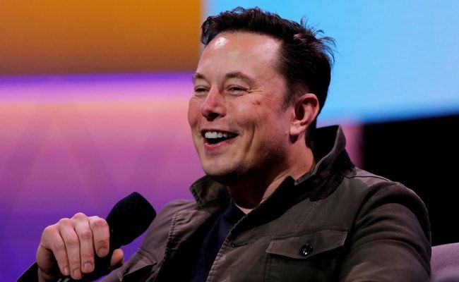 'NASA Rules': Elon Musk After SpaceX Wins $2.9 Billion Moon Lander Contract