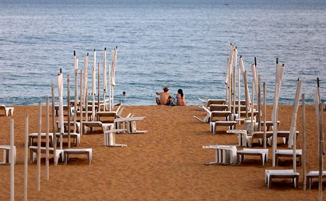 EU Countries To Issue COVID Travel Passes To Boost Summer Tourism
