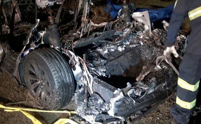 US Police To Demand Tesla Car Crash Data, Elon Musk Denies Autopilot Use