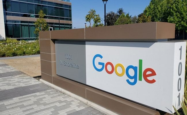 Google Requires Employee Vaccinations, Pushes Back Reopening