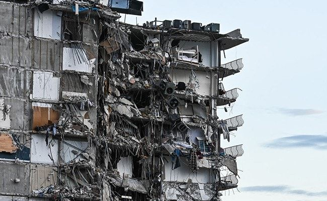 12-Storey US Apartment Partially Collapses; One Dead