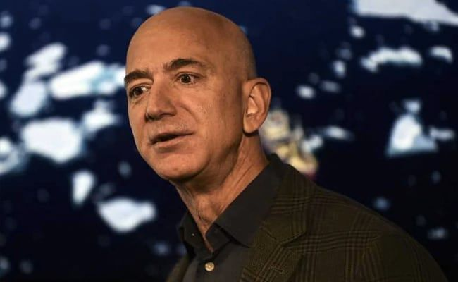 Jeff Bezos Offers NASA $2 Billion Discount For Blue Origin Moon Lander