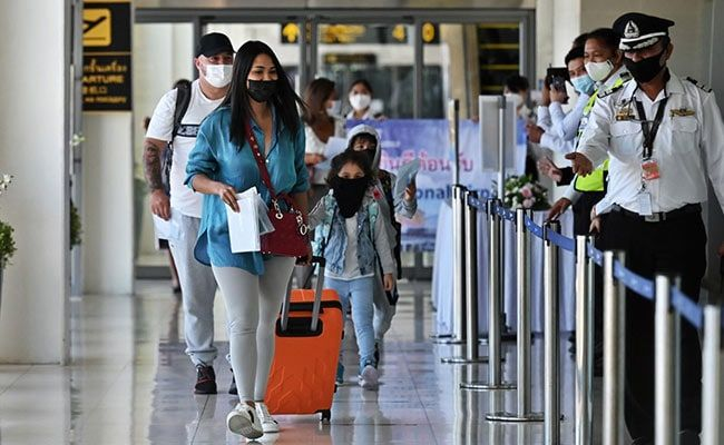 Tourists Land In No-Quarantine Phuket Despite Thailand COVID-19 Surge