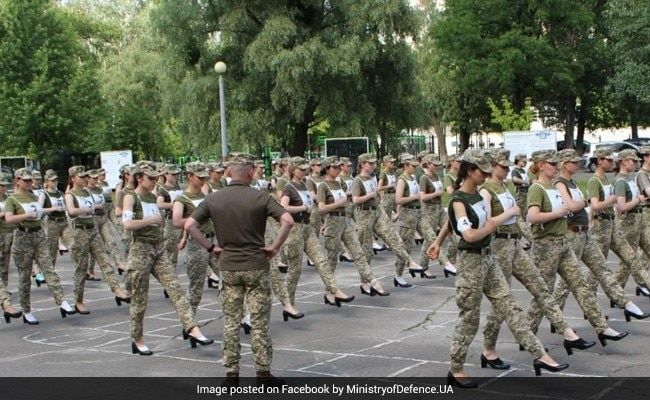 Ukraine's Women Soldiers Marching In Heels For I-Day Parade Sparks Outrage