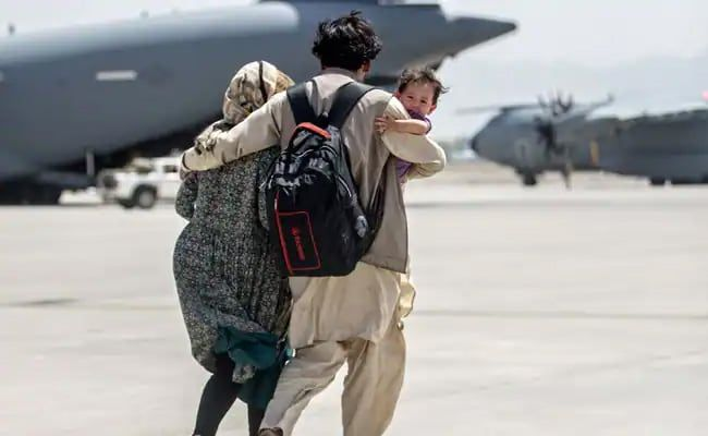 France Could Extend Kabul Evacuations Beyond Today, Says Minister