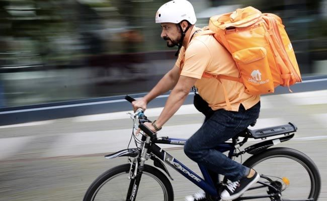 The Afghan Minister Who Became A Bicycle Courier In Germany