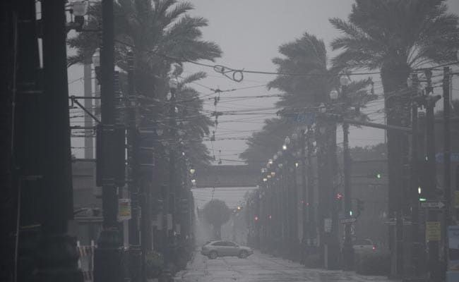2 Killed, 10 Injured As Hurricane Ida Washes Away Highway In US' Mississippi