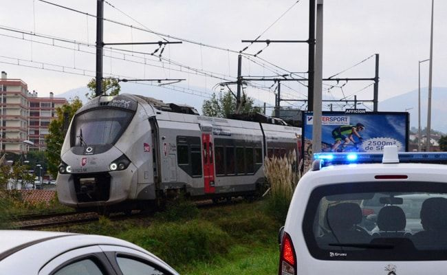 3 Migrants Killed, 1 Injured In France Rail Tragedy