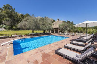 Schon saniertes Landhaus mit 3 Gastehausern am Fuse des Tramuntanagebirges  Nur wenige Minuten von Pollenca  Cala San Vicente und Formentor entfernt