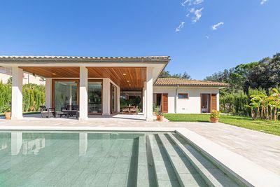 Villa  vor kurzem fertiggestellt  in ruhiger Wohnlage nicht weit von Pollensa