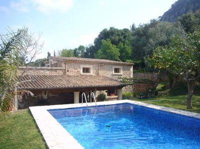 Herrliche Finca mit Pool und Blick auf Pollensa und die Berge in Lauflage zum Dorf