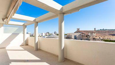 Ausgezeichnete Penthouse-Wohnung mit Gemeinschaftspool im Zentrum von Palma