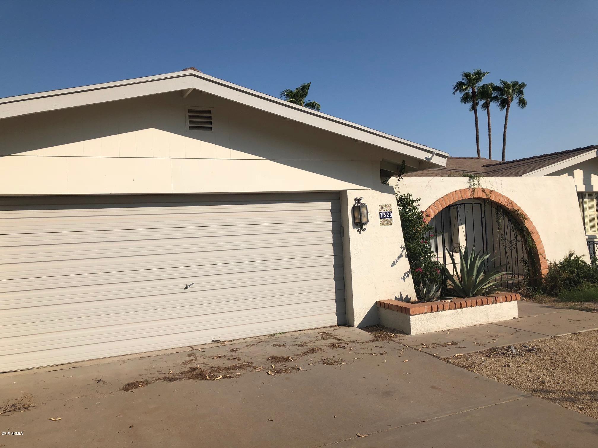 7529 N 22ND Place Phoenix AZ 85020
