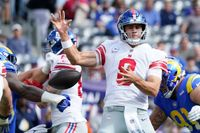 Giants-Rams 'things I think': Somehow, the Giants just keep digging the hole deeper