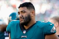 Jordan Mailata injury: Eagles left tackle suffers sprained knee in practice