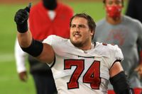 Buccaneers reportedly restructure Ali Marpet's contract to free up cap space