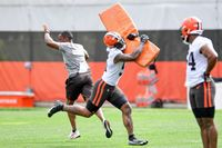 Saturday Dawg Chow: Browns news (7/24/21)