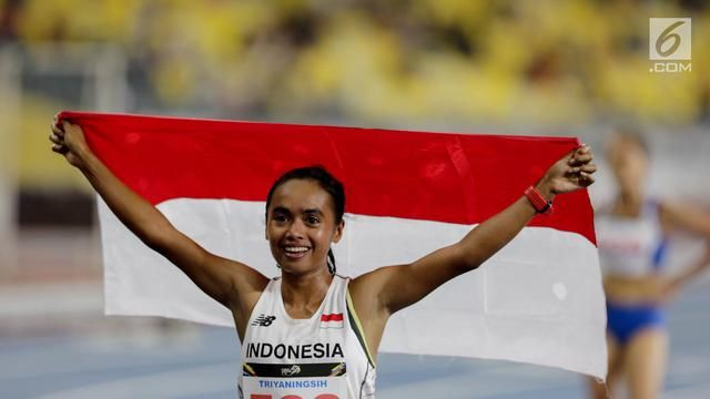 PHOTO: Triyaningsih Runners Donate Gold for Indonesia