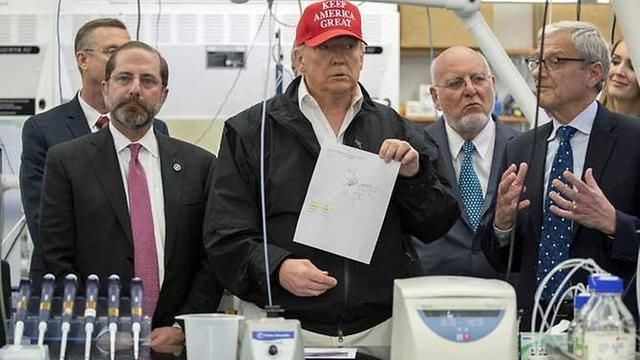 Donald Trump's visit with the US health service authorities regarding the Corona Virus test in Atlanta.