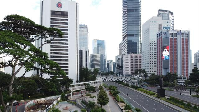 PHOTO: DKI Jakarta Provincial Government Acts PSBB Violators