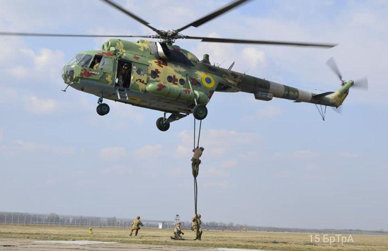 Тренування з покращення майстерності десантування та евакуації провели українські армійці (фото)