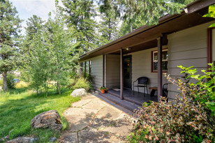 2492 E River Road Livingston