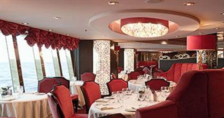msc cruises fantasia class villa rossa.jpg