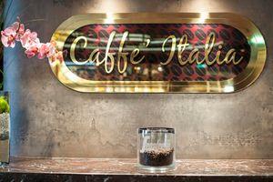MSC Fantasia Class coffee bar 3.jpg