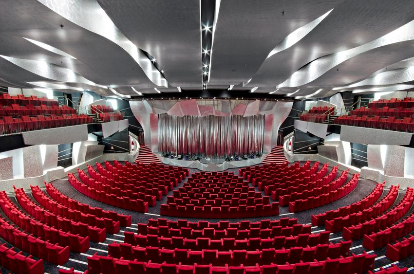 MSC Fantasia Class pantheon theatre 3.jpg