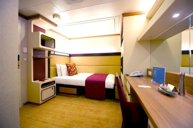 P&O Cruises Azura Accommodation Inside Single Stateroom.jpg