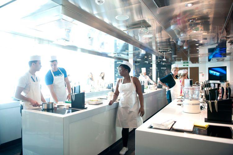 P&O Cruises Britannia Interior Cookery Club Nd39695 [Tif 14714593402].jpg