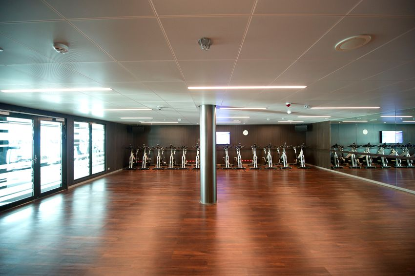 P&O Cruises Britannia Interior Gym Ds38538 [Tif 14714602002].jpg