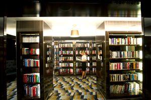 P&O Cruises Britannia Interior Library Ds38953.jpg