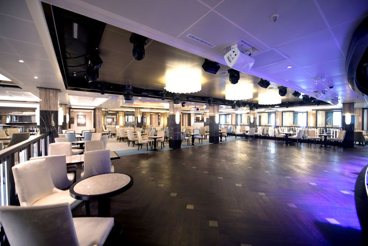 P&O Cruises Britannia Interior Crystal Room D806813 [Tif 14714596402].jpg