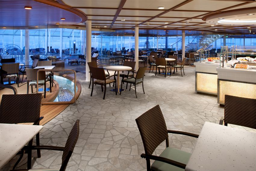 Royal Caribbean International Oasis of the Seas Interior Solarium Bistro.jpg