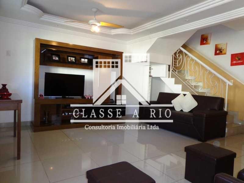 Rio de Janeiro casa condominio VENDA Pechincha
